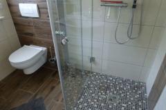 Bad WC - Dusche rechts
